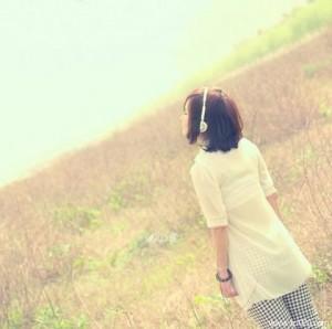 每日一句能量:过错是暂时的遗憾,而错过则是永远的遗憾!