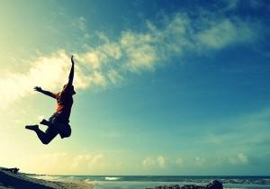 每日一句能量:悲观者称半杯水为半空,乐观者称半杯水为半满,我享受现在半满的生活。