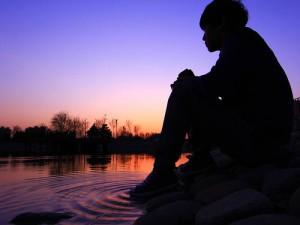 每日一句能量:默默的关怀与祝福别人,那是一种无形的布施。